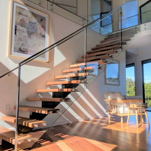 Glass Stair Railing and Fabrication Service In Dubai
